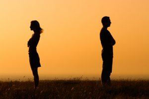 Distanz und Missvertrauen in der Beziehung